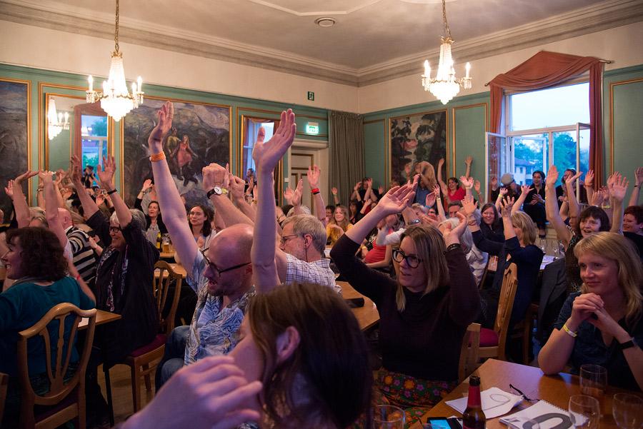 Samspill: Poesislam krever god kommunikasjon med publikum. Foto: Vibeke Røgler/Foreningen !les.