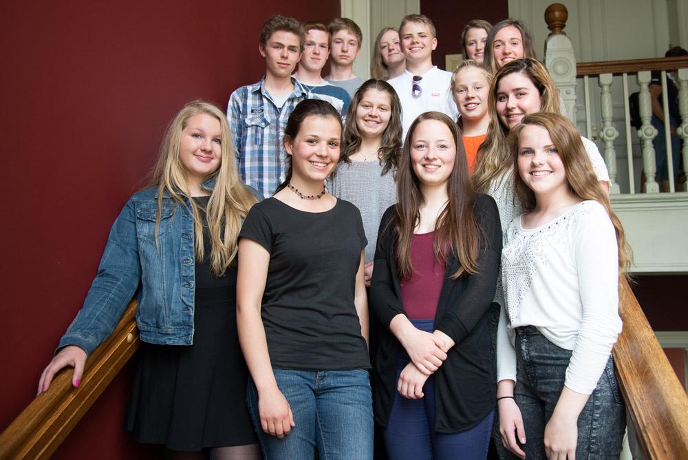 Storjuryen: Engasjerte elever fra juryklassene møttes for å diskutere seg frem til vinnerboka. Foto: Vibeke Røgler/Foreningen !les.