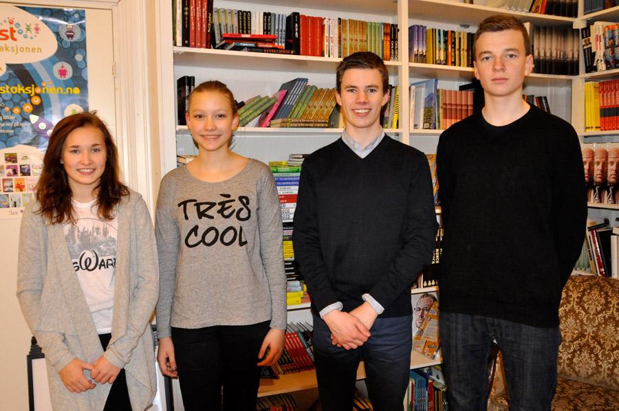 Nominasjonsjuryen: (f.v) Julie Karlsen, Kinga Bugajska, Henrik Stenberg og Ingmund Andvik. Foto: Vibeke Røgler/Foreningen !les.
